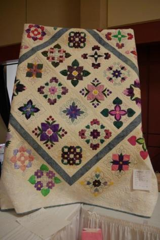 The Barnswallows auction quilt